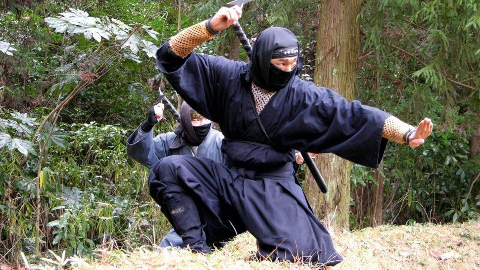 ninjas,ronin,samurais,historias,cultura,japón,mitos,leyendas,armas,tazas,anime,series,películas,cine,guerreros,mercenarios,cosplay,disfraces,katana,espada,maestros,disfraz