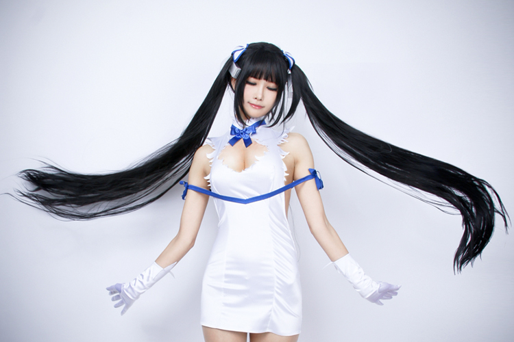 cosplay anime,anime cosplay,cosplay de anime,series anime,danmachi cosplay,cosplays sexys,salones manga España 2020,anime.com,salones manga,serie danmachi,cosplay hestia,hestia danmachi,personajes danmachi,mejores cosplays,cosplays más logrados,